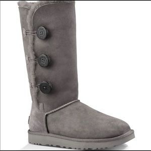 Ugg NWT Bailey Button triplet